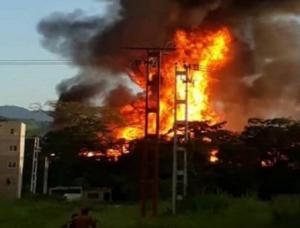 gasdotto venezuelano in fiamme